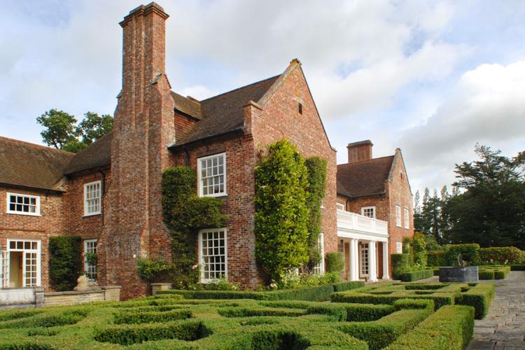 Pelsham Manor, Rye, East Sussex – Unique HomeStays