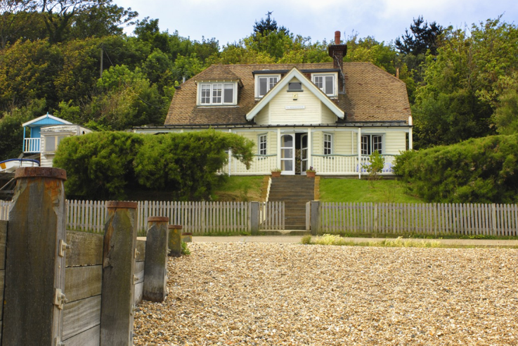 Artists' Beach House, Whitstable, Kent – Unique Home Stays