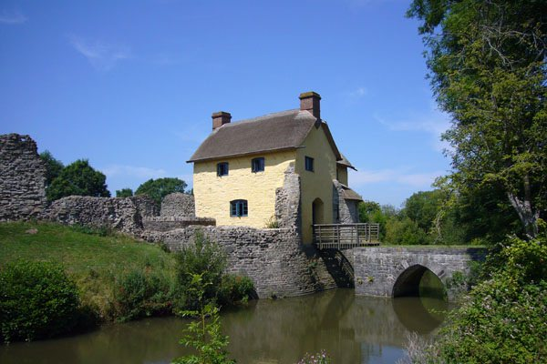 Stogursey Castle ext_Katie Arber