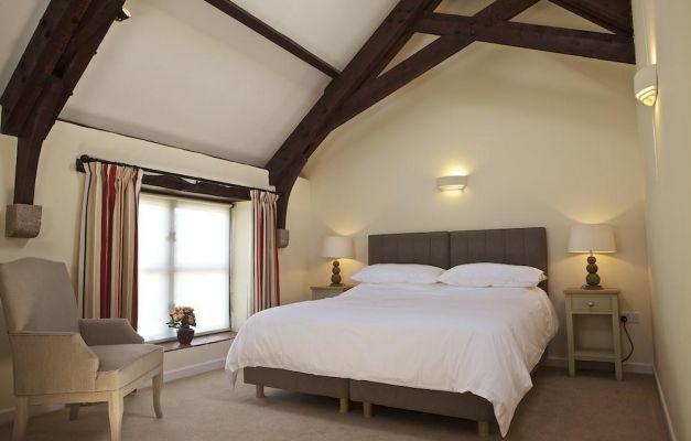 Linhay bed