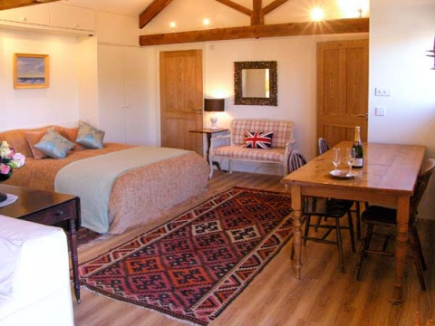 The Cider Barn, West Knoyle, Wiltshire – Sykes Cottages