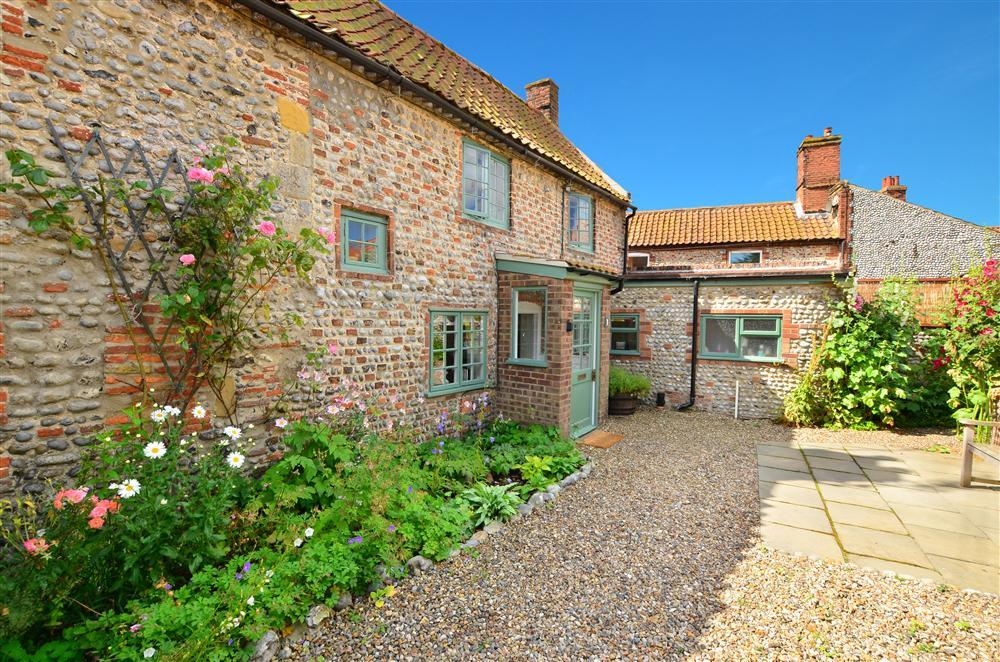 1, Caitlin Cottages, Cley, Norfolk, UK – Norfolk Country Cottages