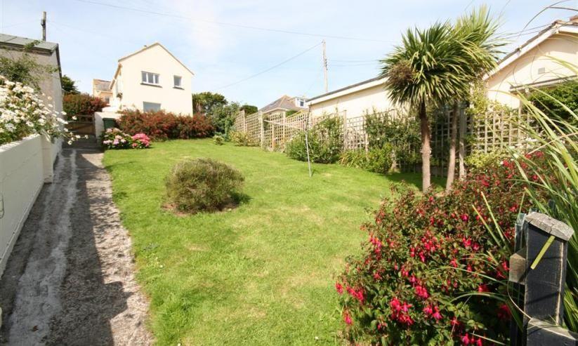 Cottage View lawn