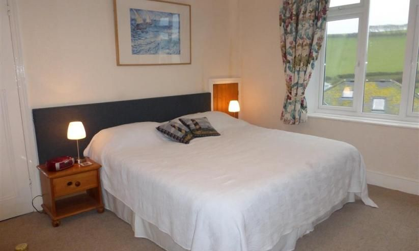 Spacious master bedroom  with King-size bed (can be split to two singles)