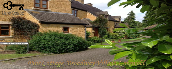 Pine Cottage, Broadway Village, Cotswold